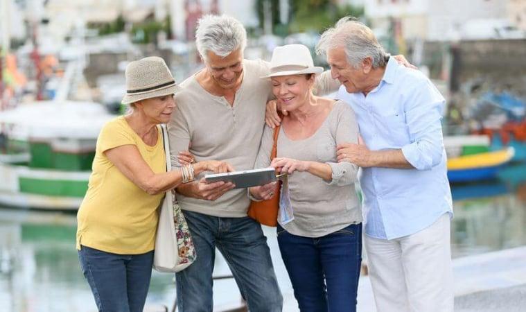 ผลการค้นหารูปภาพสำหรับ สถานที่ท่องเที่ยวผู้สูงอายุ